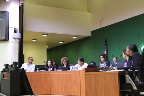 The Oakland school board deliberates during Aug. 8, 2018 meeting. - THERESA HARRINGTON FOR EDSOURCE