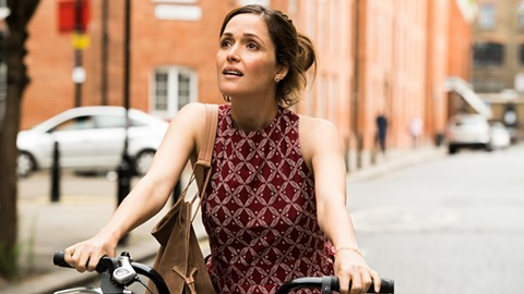 Rose Byrne comes into her own in Juliet, Naked.