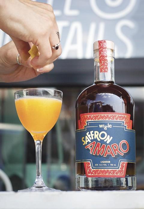 bottles-de_fer_saffron_amaro_photos_1_of_12_.jpg