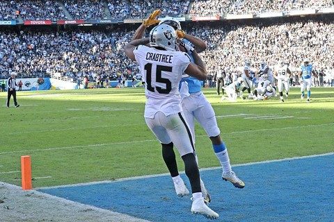 MIchael Crabtree with another tough grab in the first half. - COURTESY OF THE RAIDERS