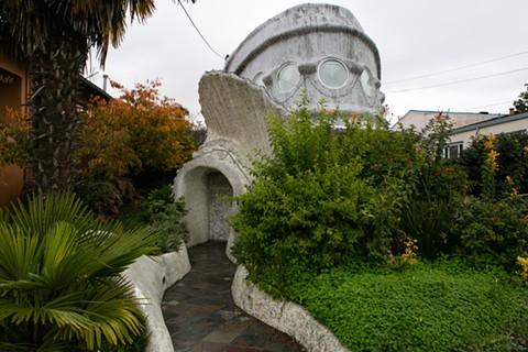 "Tssui's ""Fish House"" in West Berkeley. - BERT JOHNSON"