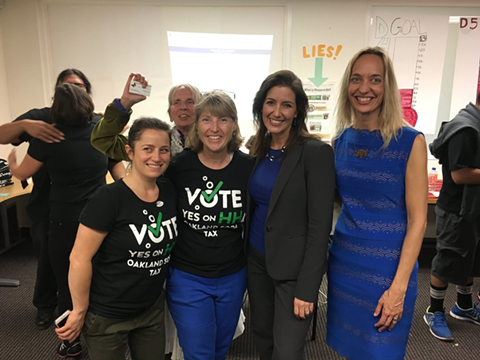 Oakland Mayor Libby Schaaf with Councilmember Annie Campbell Washington at a sugar-sweetened beverage tax campaign event last year. - YES ON HH CAMPAIGN