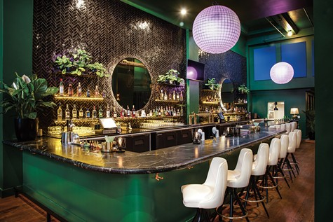 The bar at Sobre Mesa.