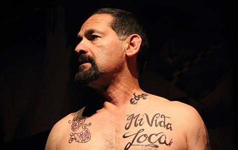 Actor Ric Salinas in Placas.
