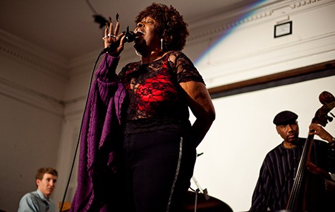 Faye Carol sang during a fundraising benefit last week at Geoffrey's Inner Circle.