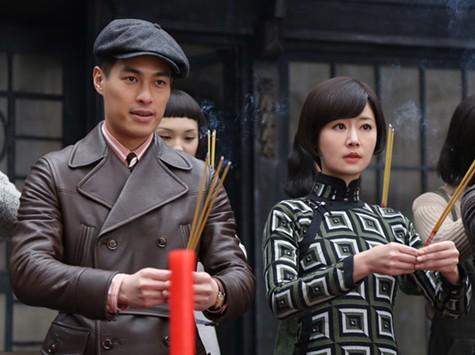 Tony Yang Yo Ning and Ruby Lin in Phantom of the Theatre.