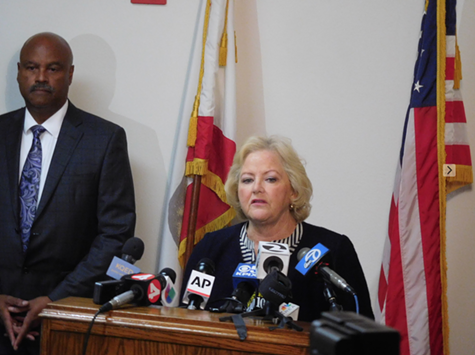 Alameda County District Attorney Nancy O'Malley and Chief District Attorney Inspector Robert Chenault.