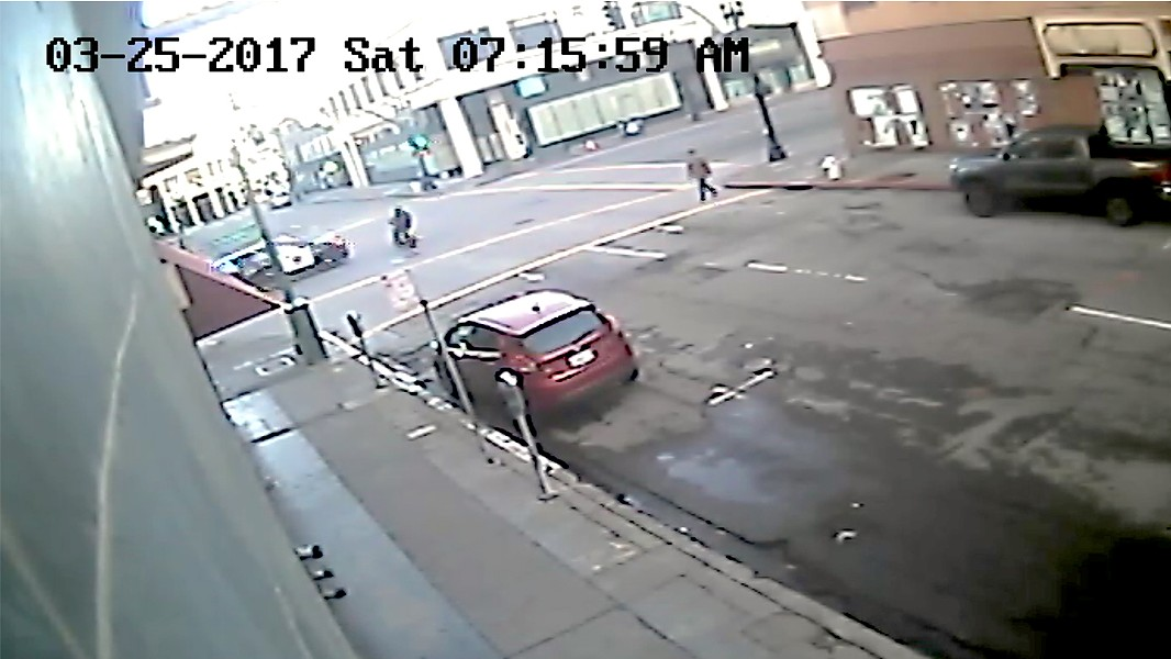 Video footage shows that Van Fleet had a green light before he was struck by Chor's OPD vehicle.