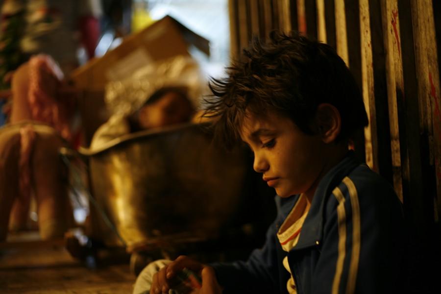 Zain Al Rafeea takes care of business on the street in Capernaum.
