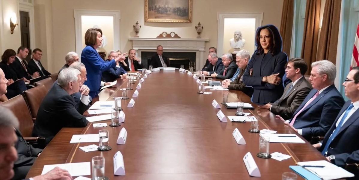 Kamala Harris's presidential campaign was skewered for posting this odd Twitter meme. - IAN SAMS/TWITTER