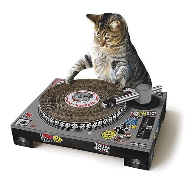 hg-pets-djcatscratcher.jpg