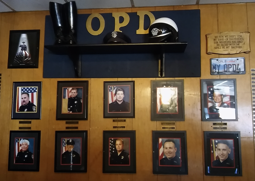 Memorial to Oakland Police Officers killed in the line of duty. - DARWIN BONDGRAHAM