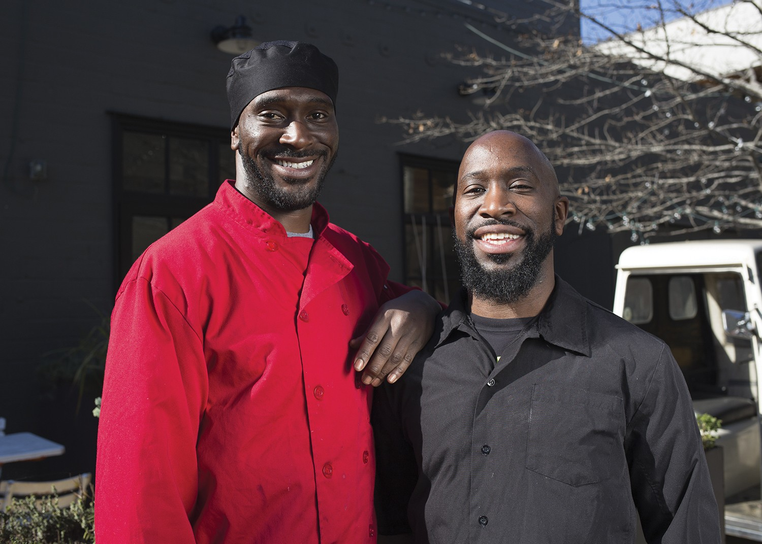 smokin woods bbq and roderick s signal a barbecue revival in