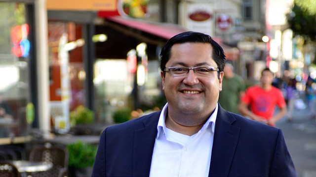 Mayor Jesse Arreguin pushed to overturn Berkeley's ban on police using pepper spray during political protests.