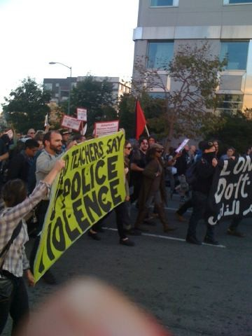 Occupy_Oakland_march.jpg