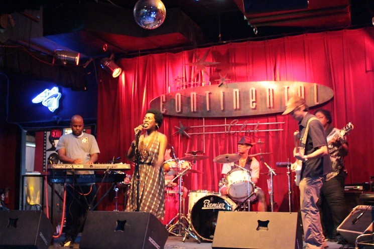 Houston band Tightn' Up at The Continental Club