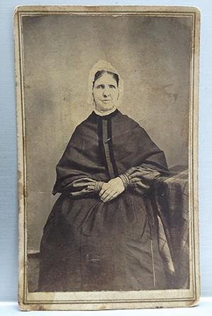 Ann Dumville, circa 1865. Burke family papers. - COURTESY U OF I PRESS