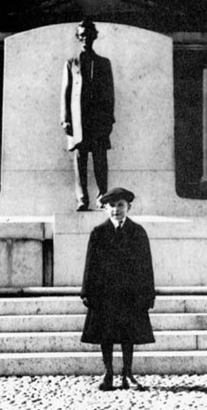The seven-year-old Fitzgerald in 1918, posing in front of the Andrew O'Connor statue of Lincoln which had just been installed in front of the Capitol that year.