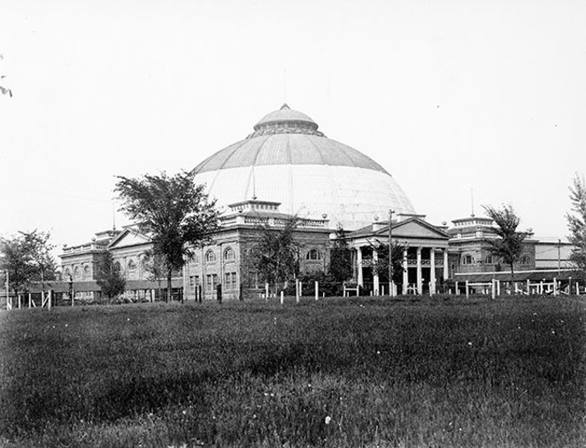 The Dome Building. Originally the Horticulture Building at the 1893 World's Fair in Chicago, it was moved to Springfield in 1894 and was reconstructed for the 1895 fair. This building was lost to fire on August 11, 1917. - PHOTO COURTESY SANGAMON VALLEY COLLECTION