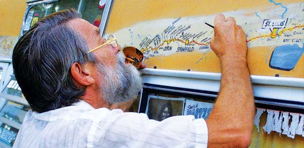 Bob Waldmire working on the map on his van at the Route 66 Rendezvous, September 2008. - PHOTO BY DARLEEN BITTER