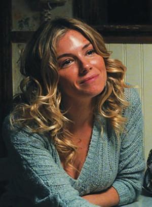Sienna Miller in American Woman.