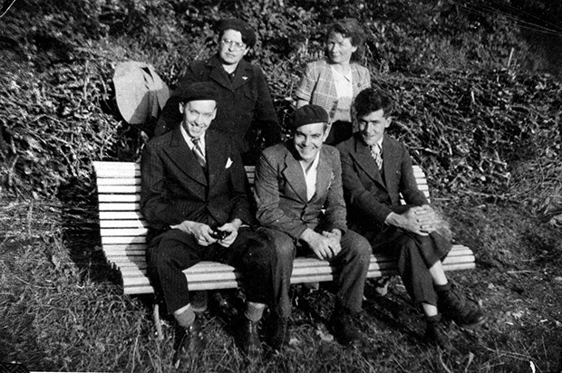 Yvette Dubocq and Jeanne Cochin (back) Joseph Porter, Kenneth Hagan, Duffy Kalbfleisch. Taken in France, June 1944. - PHOTO COURTESY OF THE ABRAHAM LINCOLN PRESIDENTIAL LIBRARY AND MUSEUM