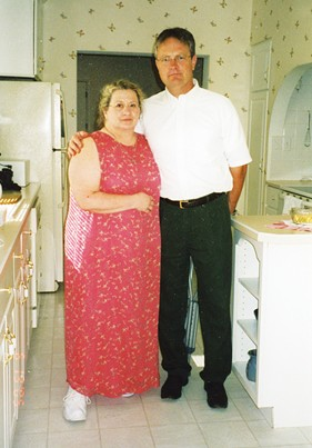 Kathy and David Blanchette in 2005 in their Jacksonville home. - PHOTO BY MARILYN BLANCHETTE.