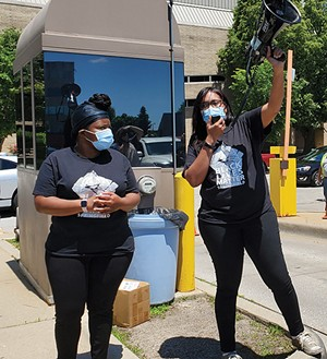 Khoran Readus (left) and Sunshine Clemons at the BLM Springfield car parade on May 31. - PHOTO BY RACHEL OTWELL