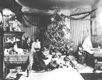 Dr. Wilbur Armstrong Sr. and family celebrate Christmas in 1904