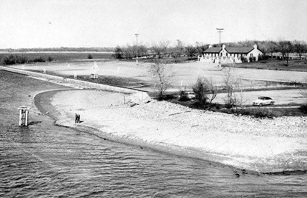 City hoping to lease out Lake Springfield beach house