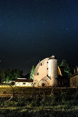 Dahmen Barn Starry Night by Ken Carper