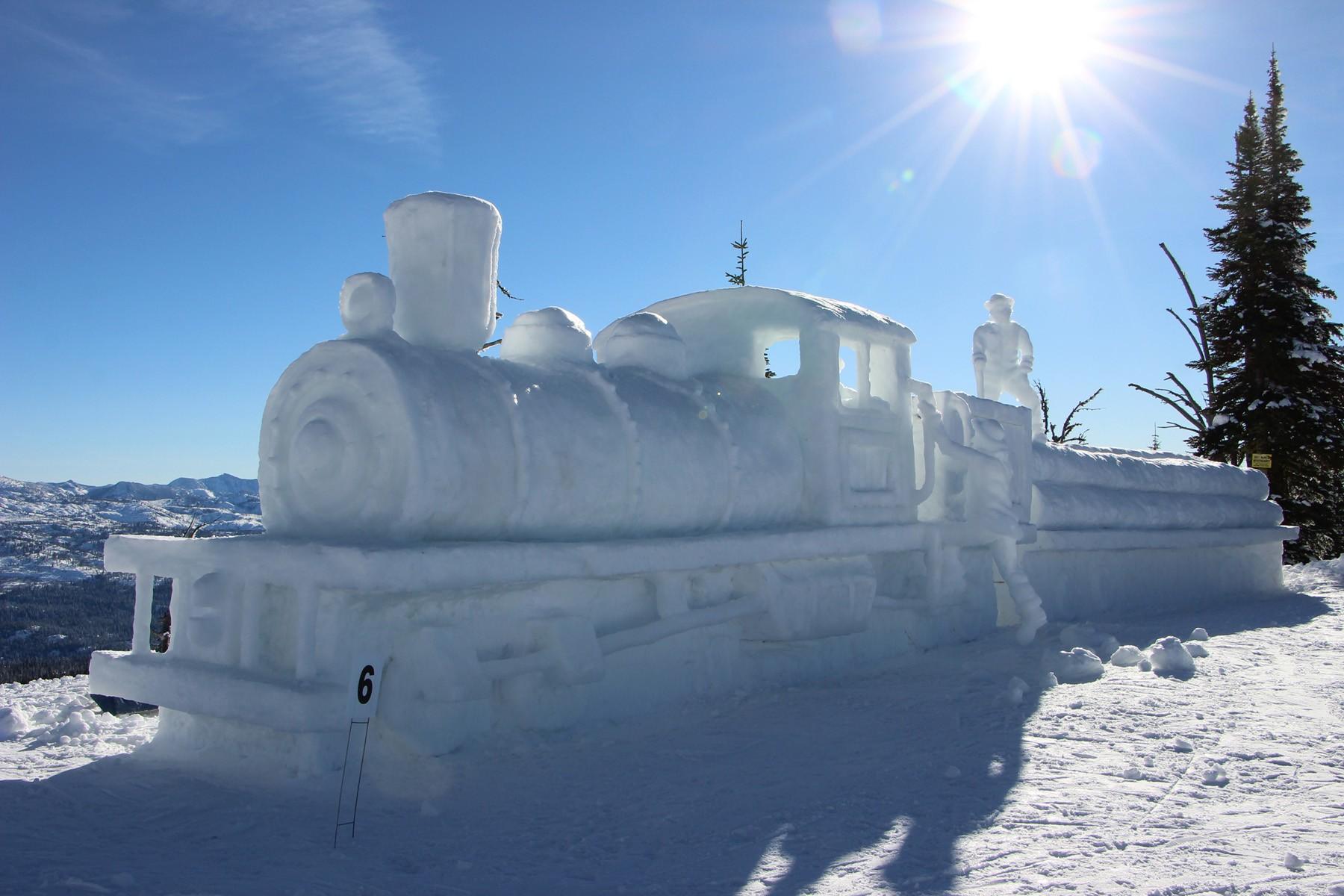 McCallWinterCarnival2019_SnowSculptures2.jpg