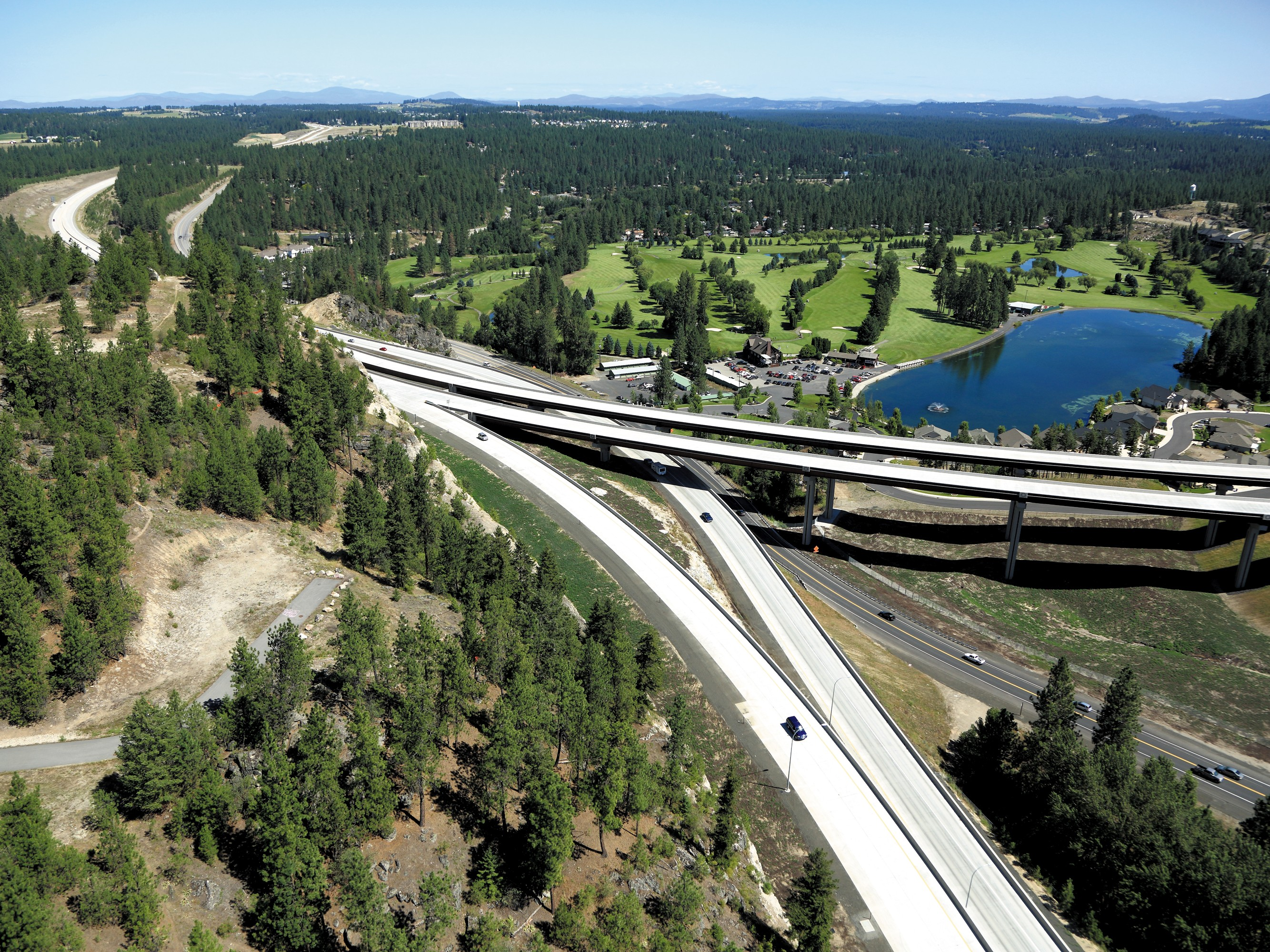 A finished portion of the North South Freeway. [WSDOT Photo]
