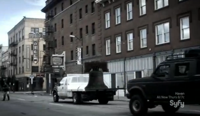 Hauling the Liberty Bell down First Avenue. - SYFY