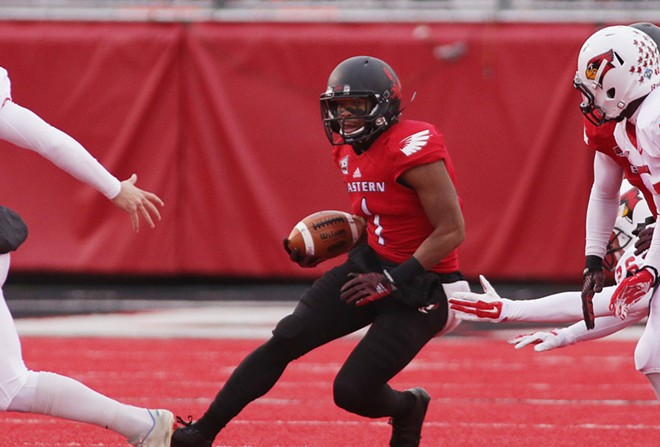 Eastern Washington wide receiver Shaq Hill (1) runs against Illinois State during the first half. - YOUNG KWAK