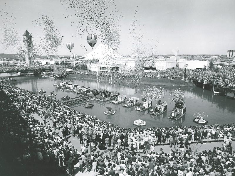 Expo '74 drew big crowds to Riverfront Park.