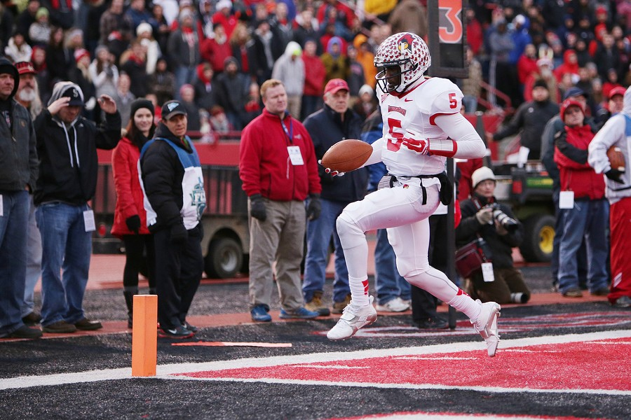 Illinois State quarterback Tre Roberson (5) runs in for a touchdown against Eastern Washington during the second half. - YOUNG KWAK