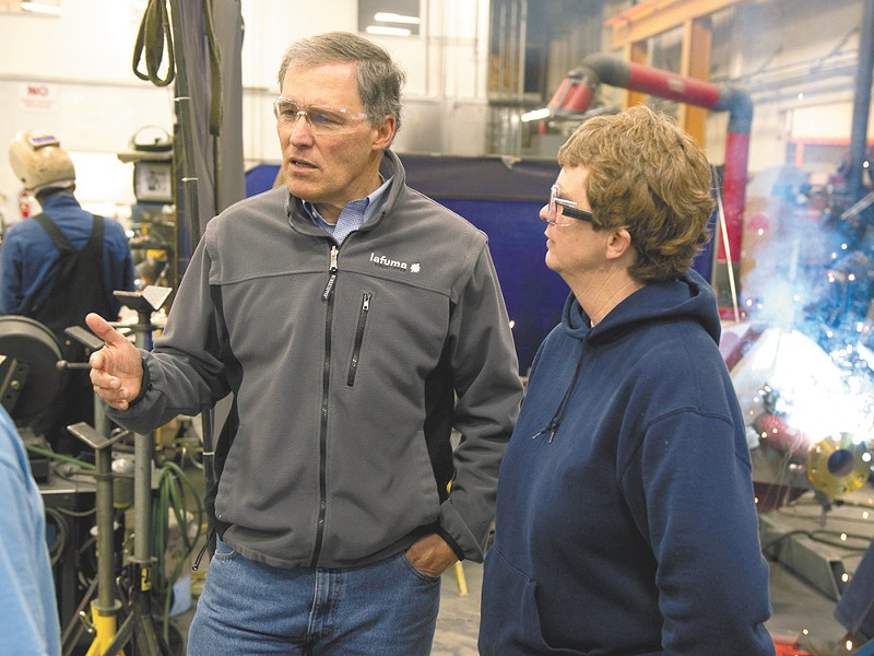 Jay Inslee visits MacDonald-Miller's shop. The West Side contractor is a leader in energy-efficient construction.