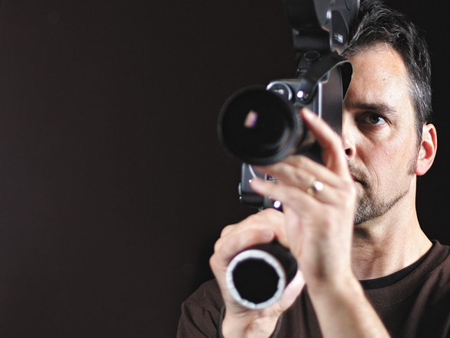 Lonny Waddle wants you to increase your depth of field
