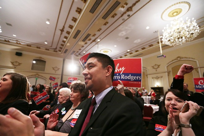 Matthew Dill, center, applauds as U.S. Rep. Cathy McMorris Rodgers (R) speaks. - YOUNG KWAK