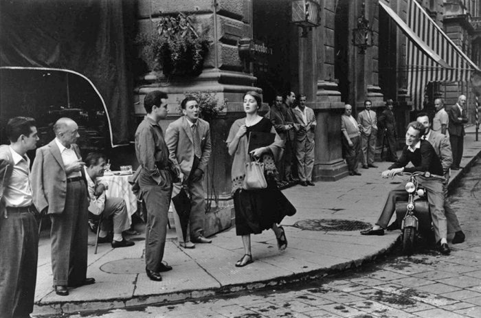 "RUTH ORKIN'S ""AMERICAN GIRL IN ITALY"""