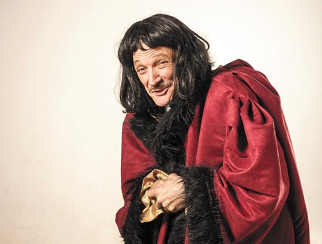 Patrick Treadway as John Barrymore. - HAMILTON STUDIOS
