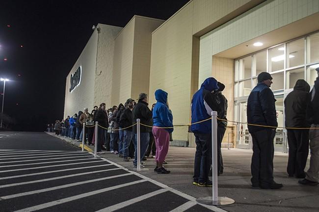The line grows... - SARAH WURTZ