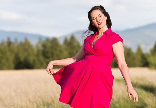 Singer/Songwriter Lara James in Spokane Valley. - STEPHEN SCHLANGE
