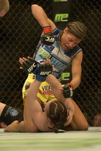 Julianna Pena returned to the UFC this weekend after 16 months of recovery from a severe knee injury. - MMAJUNKIE.COM