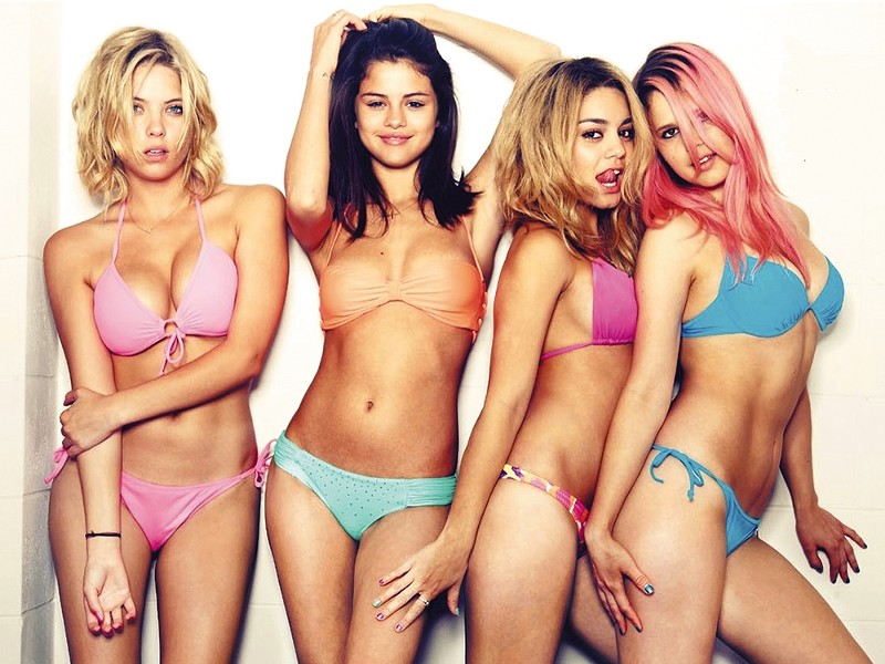 Spring Breakers: perpetuating the stereotype that hot girls are crazy.