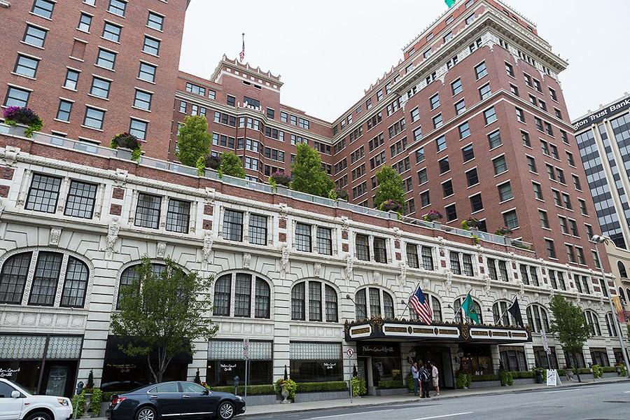 The Davenport Hotel - STEPHEN SCHLANGE