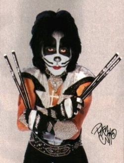 _resized_250x328_peter_criss_makeup_kiss.jpg
