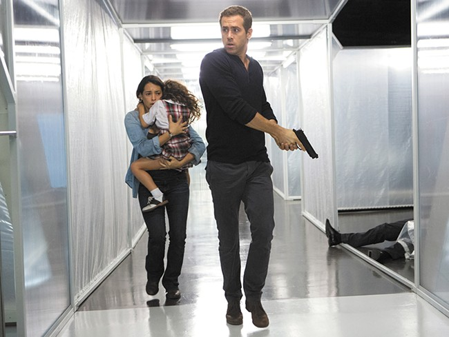 Ryan Reynolds stars in this rote thriller.