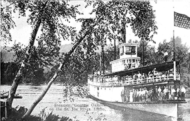 The Georgie Oakes,  loaded with passengers, circa 1900. - MUSEUM OF NORTH IDAHO